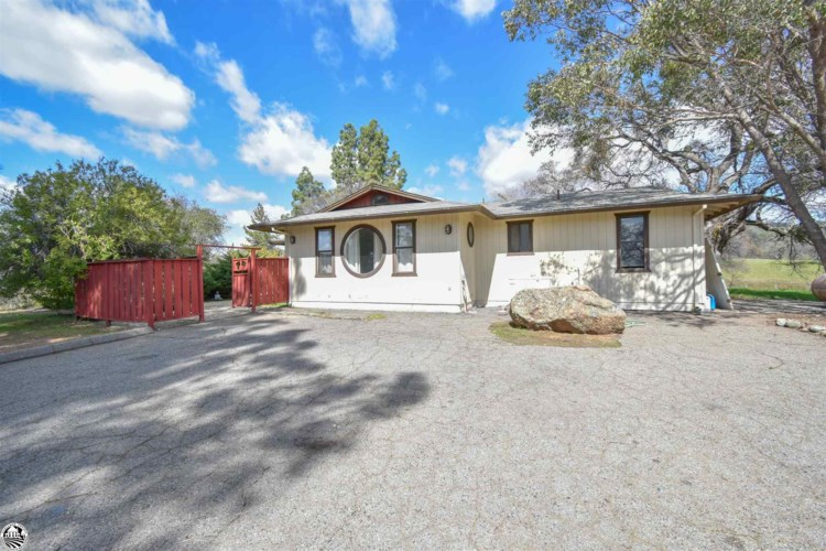 9900 Old Don Pedro Road, Chinese Camp, CA 95327