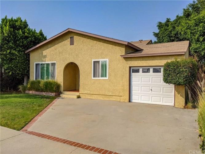 11313 Homestead Street, Santa Fe Springs, CA 90670