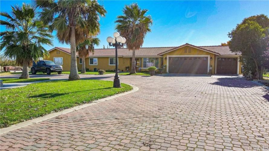 10345 E Childs Avenue, Planada, CA 95333