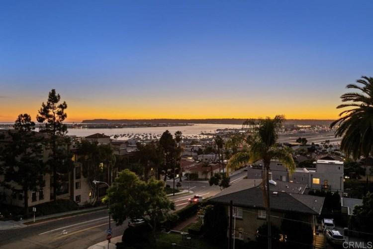 230 W Laurel St. #603, San Diego, CA 92101
