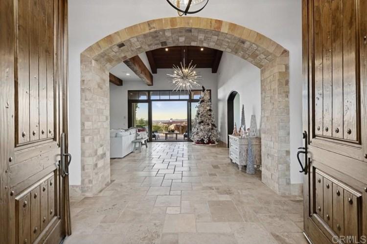 7890 Coconut Grove Ct., Rancho Santa Fe, CA 92127