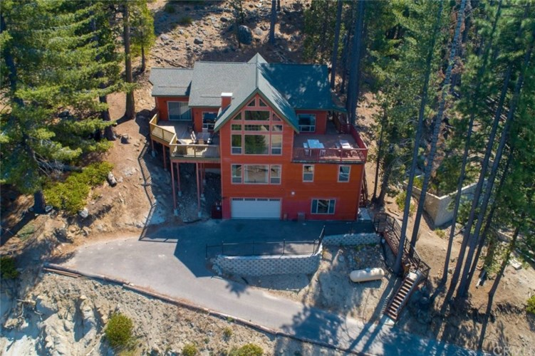 7512 7512A Henness Ridge Road, Yosemite, CA 95389