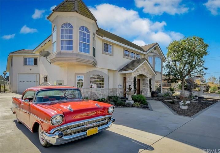 10336 Hacienda Street, Bellflower, CA 90706