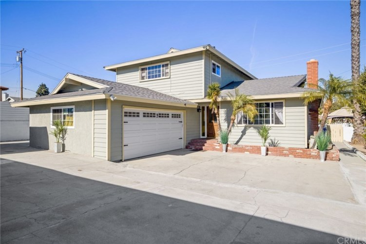 1925 240th Street, Lomita, CA 90717
