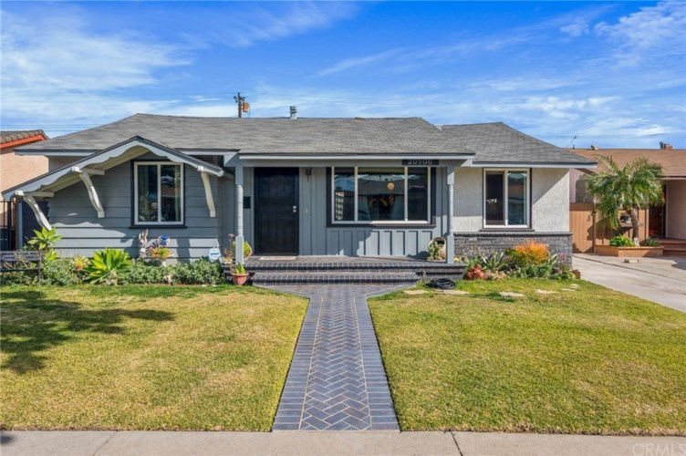 20908 Belshire Avenue, Lakewood, CA 90715