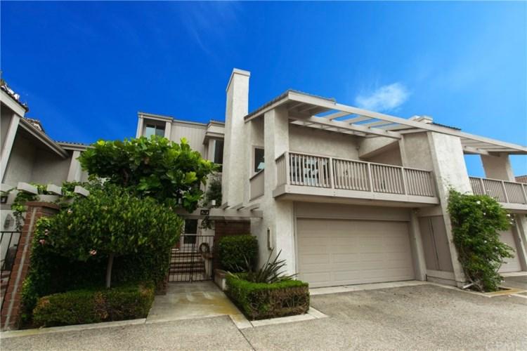 14 Rocky Knoll, Irvine, CA 92612