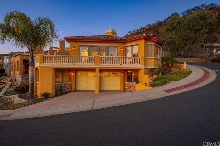 2925 Bayview Drive, Pismo Beach, CA 93449