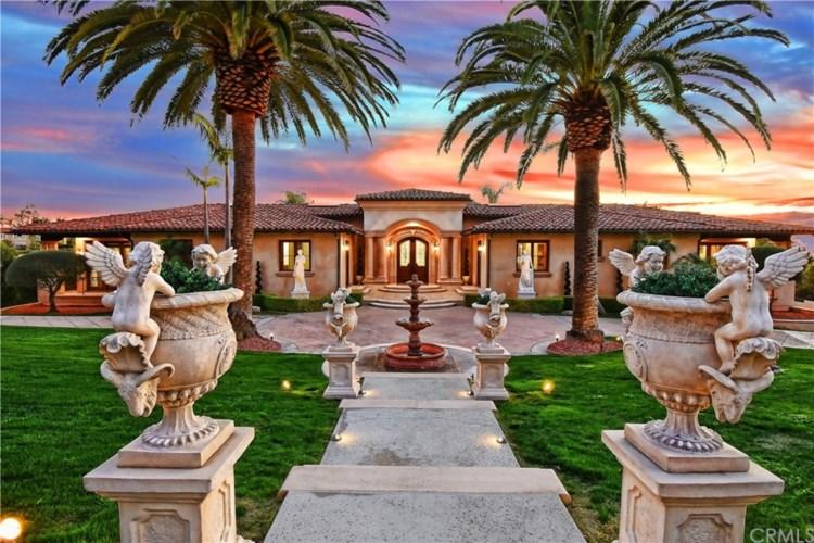 999 Paseo La Cresta, Palos Verdes Estates, CA 90274