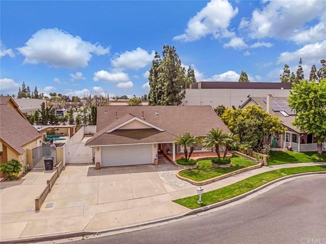 6850 Via Kannela, Stanton, CA 90680