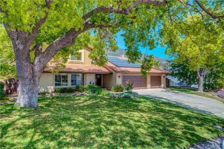 9124 Hidden Farm Road, Rancho Cucamonga, CA 91737