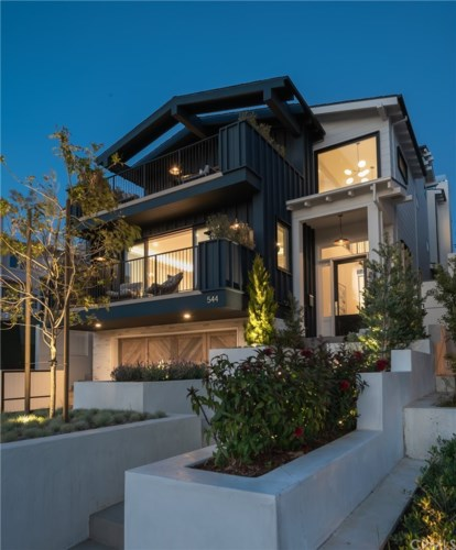 544 S Helberta Avenue, Redondo Beach, CA 90277
