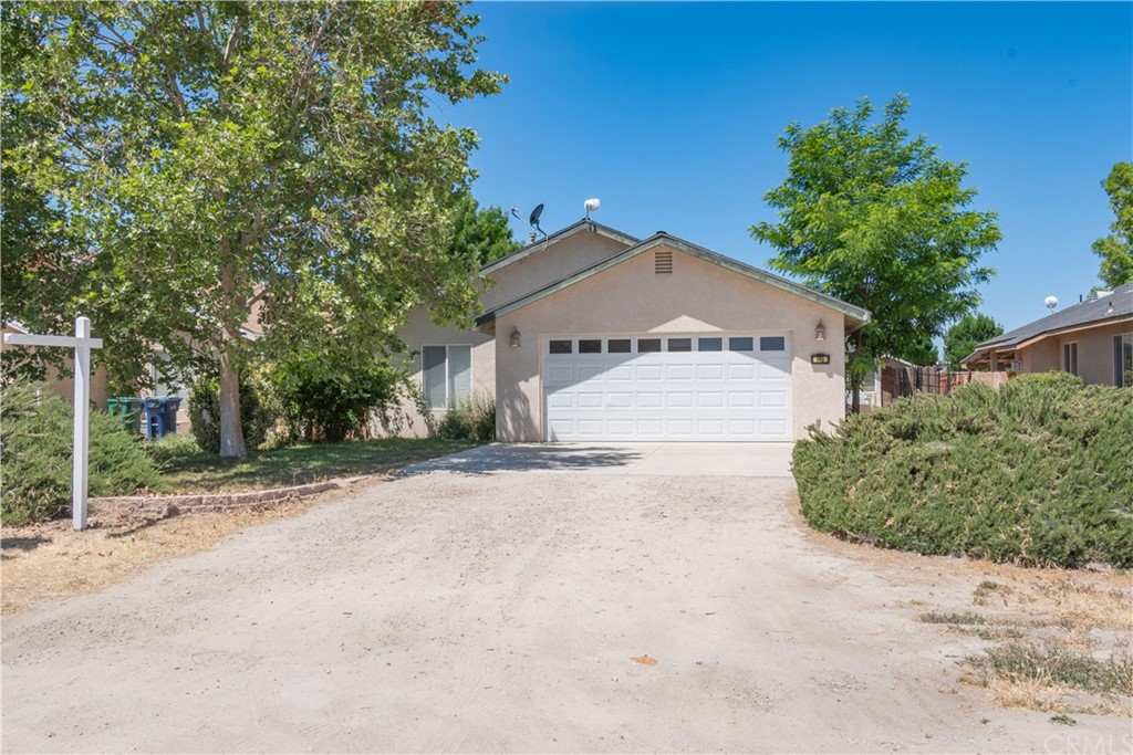 165 S 8th Street, Shandon, CA 93461