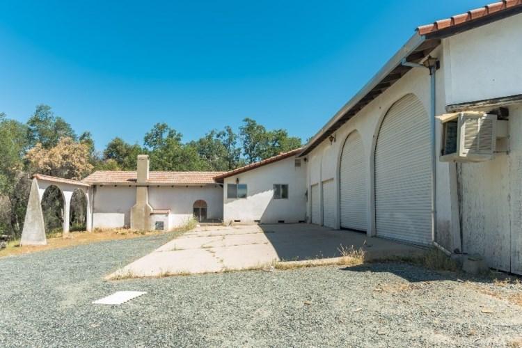 22409 Yerba Santa Road, Sonora, CA 95370