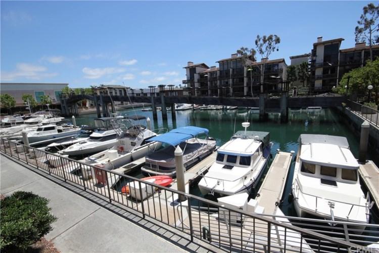 7126 Marina Pacifica Drive N, Long Beach, CA 90803