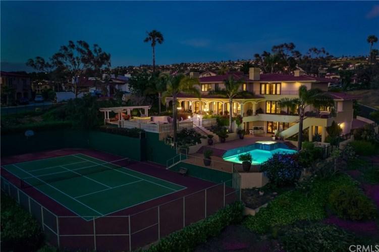 2725 Via Victoria, Palos Verdes Estates, CA 90274