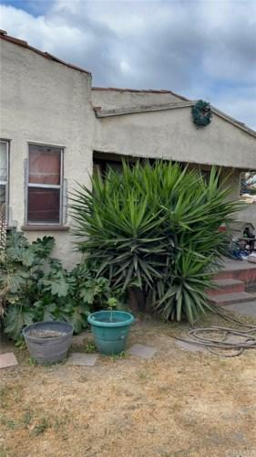 946 E 107th Street, Los Angeles, CA 90002