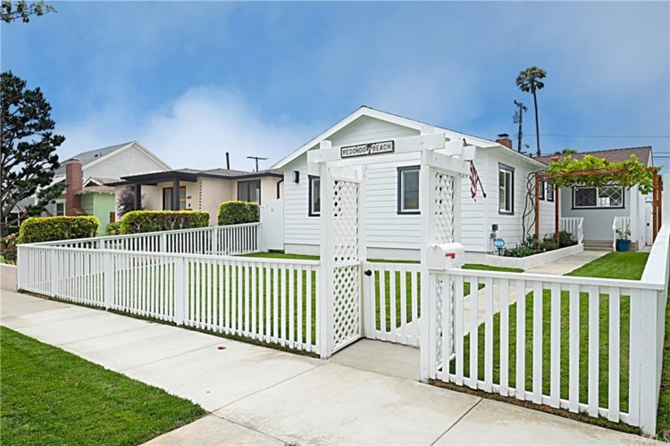 409 N Paulina Avenue, Redondo Beach, CA 90277
