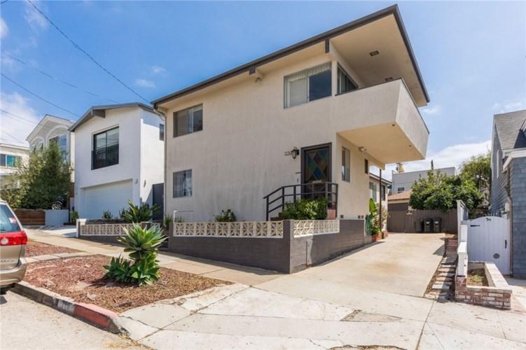 710 Longfellow Avenue, Hermosa Beach, CA 90254