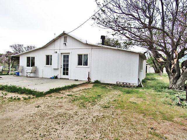 48601 3 Points Road, Lake Hughes, CA 93532