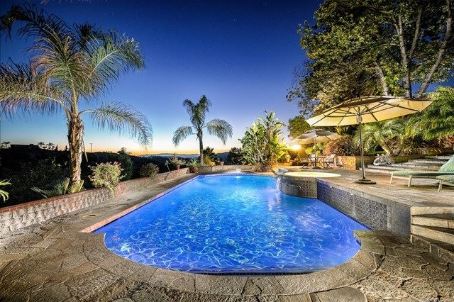 11105 Berry Rd, Valley Center, CA 92082