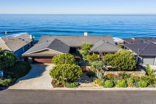 617 W Circle Dr, Solana Beach, CA 92075