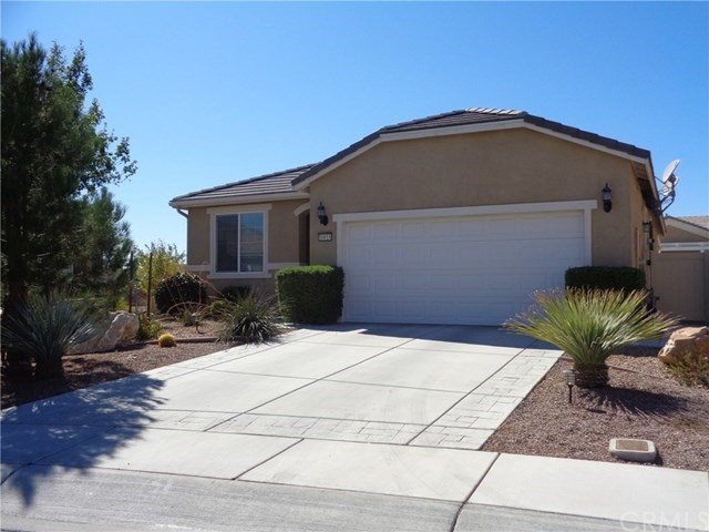 10018 Peachtree Road, Apple Valley, CA 92308