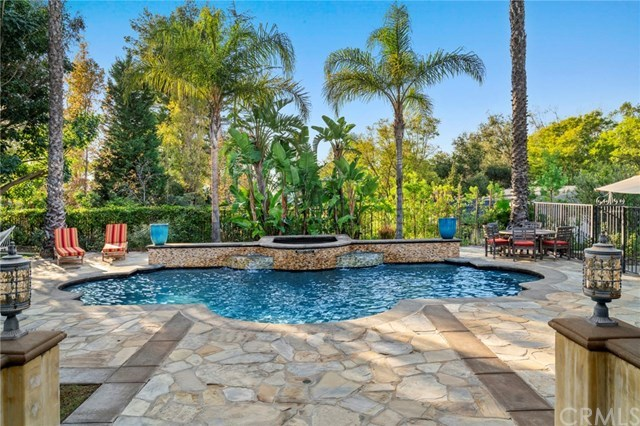 181 S Possum Hollow, Anaheim Hills, CA 92808