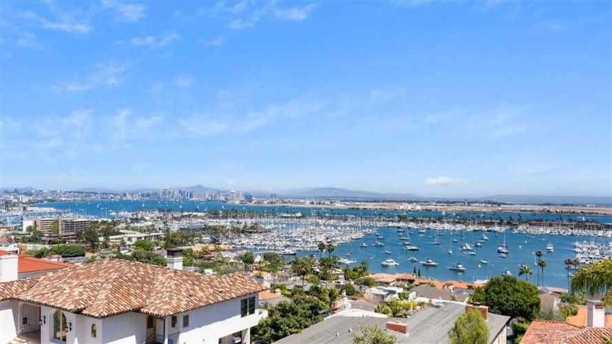 3215 Harbor View Dr, San Diego, CA 92106