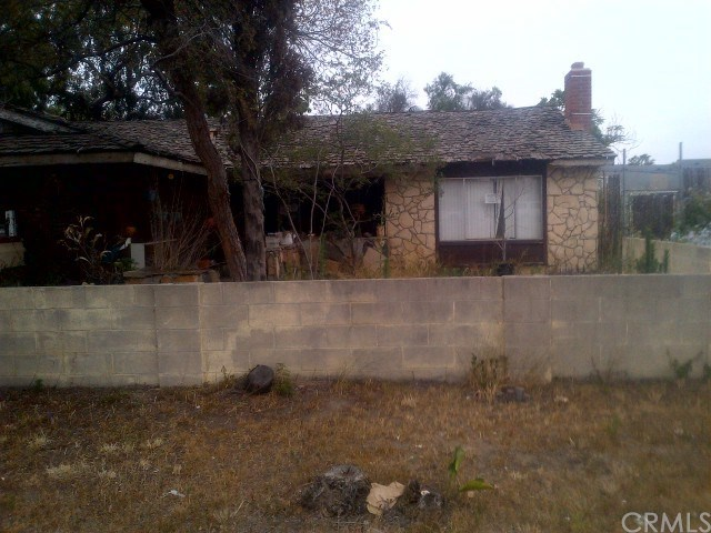 7421 Katella Avenue, Stanton, CA 90680