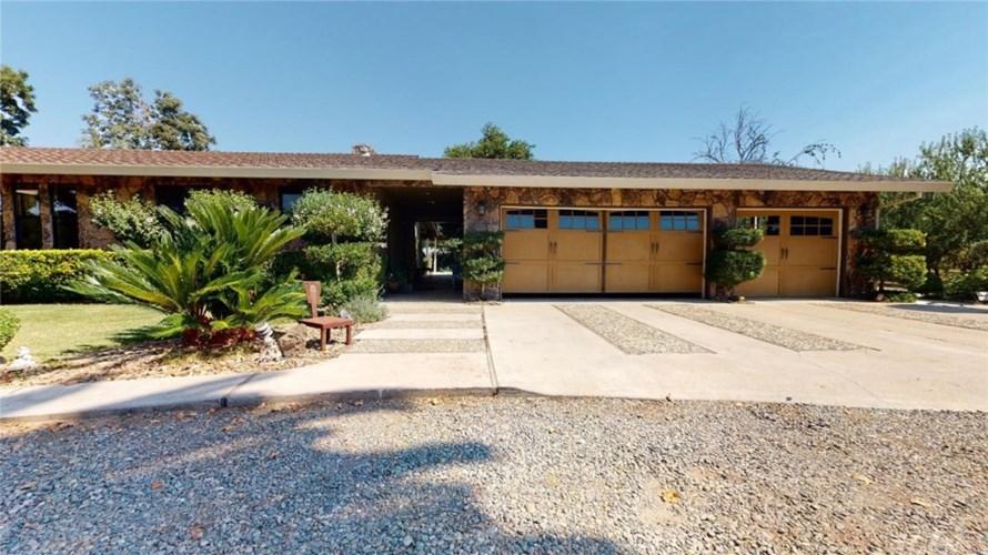 4425 Shoemake Avenue, Modesto, CA 95358