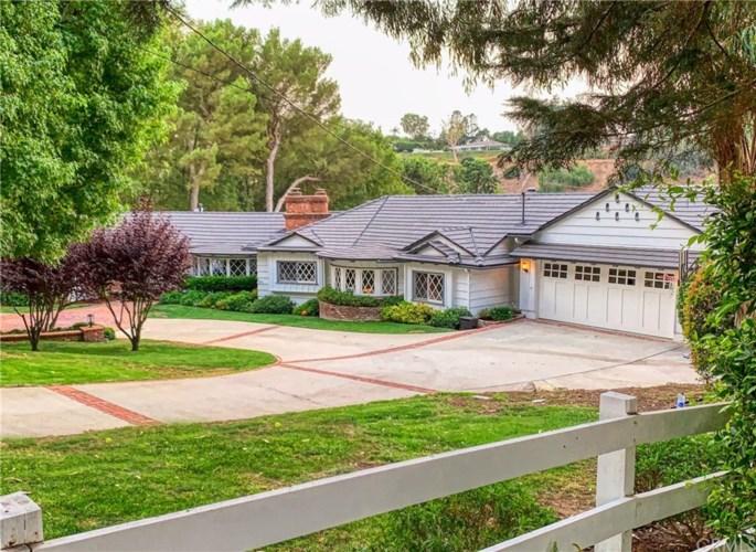 77 Eastfield Drive, Rolling Hills, CA 90274