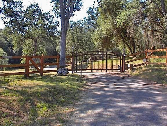 45483 Sand Creek Road, Squaw Valley, CA 93675