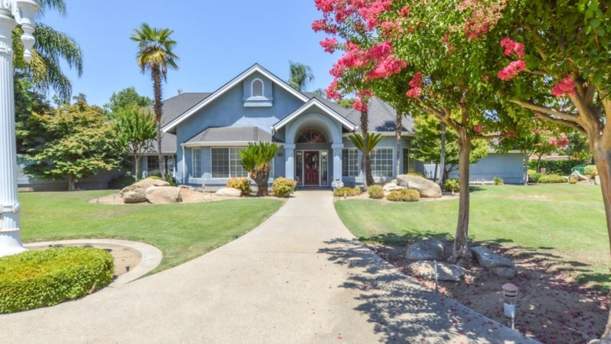 5633 Columbia Drive N Drive N, Fresno, CA 93727