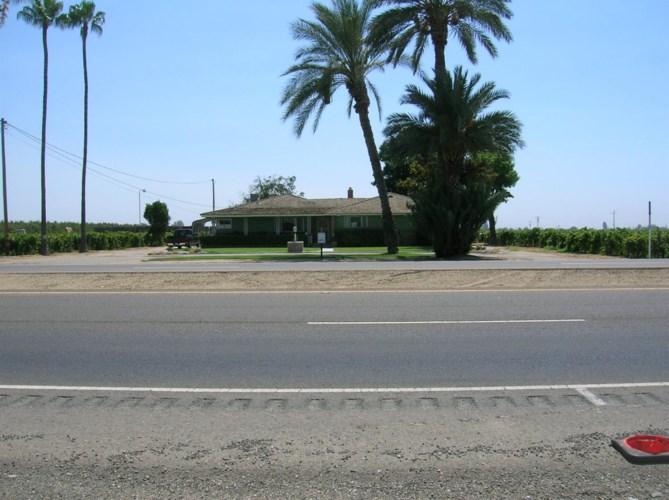 9073 E Manning Avenue, Selma, CA 93662