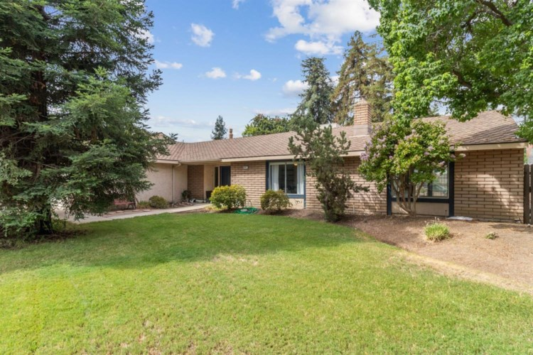 6601 N Winery Avenue, Fresno, CA 93710
