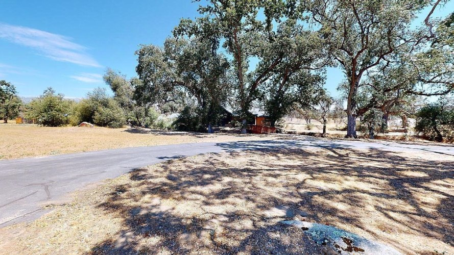 31491 Old Ranch Park Lane, Auberry, CA 93602