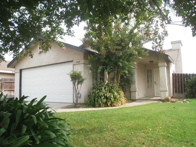 600 12th Avenue, Kingsburg, CA 93631