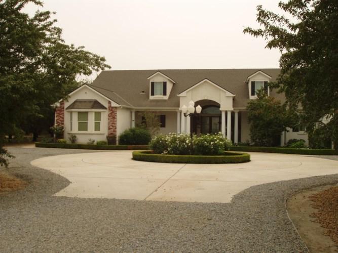 3421 W Saginaw Avenue, Caruthers, CA 93609