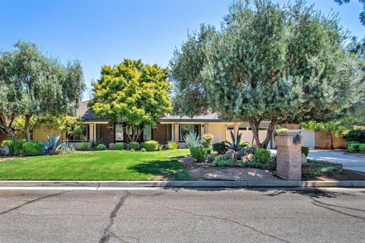 1861 S Waverly Lane, Fresno, CA 93727