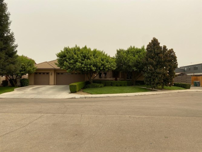 2552 20Th Avenue, Kingsburg, CA 93631