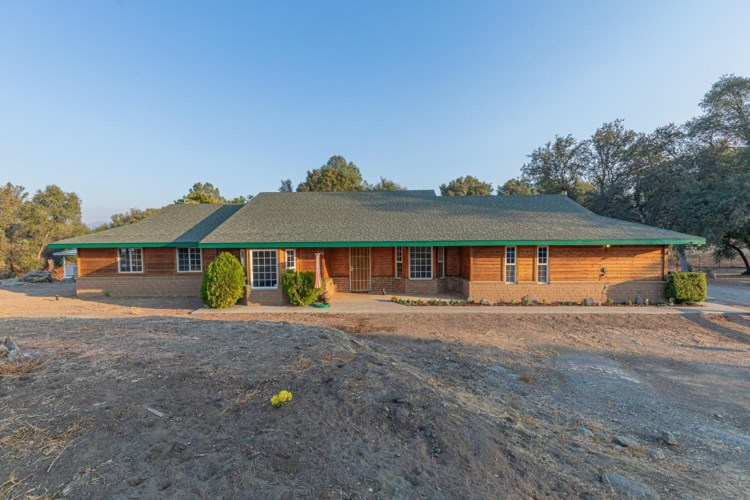 4903 Oakridge Road, Mariposa, CA 95338