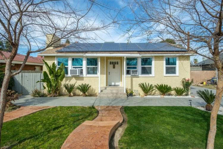 40 E Adams Avenue, Fowler, CA 93625