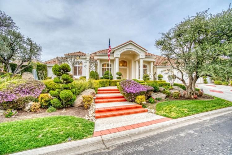 2739 W Lake Van Ness Circle, Fresno, CA 93711