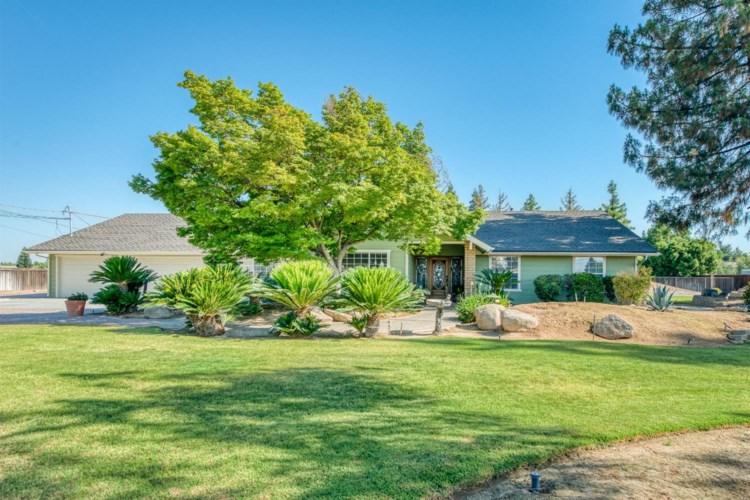 2033 Alluvial Avenue, Clovis, CA 93611