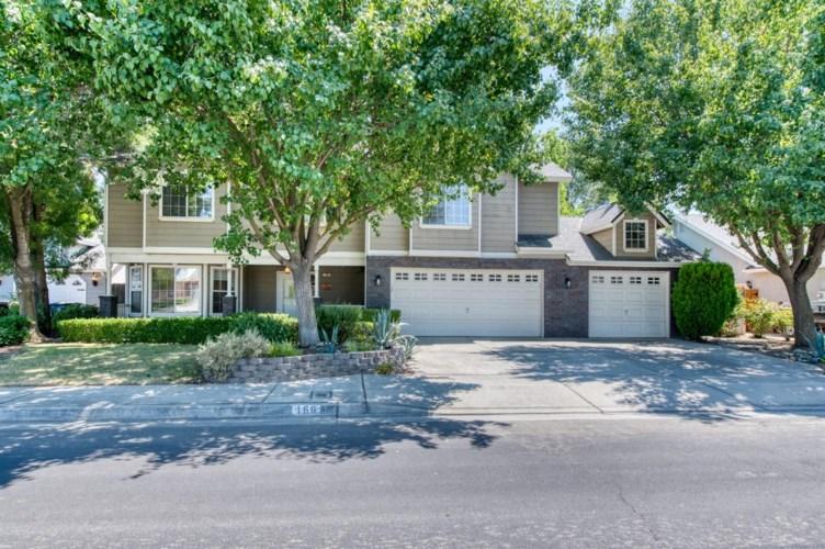 166 Bedford Avenue, Clovis, CA 93611