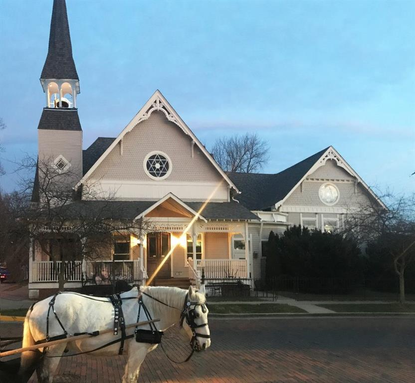 75 N Main Street, Zionsville, IN 46077
