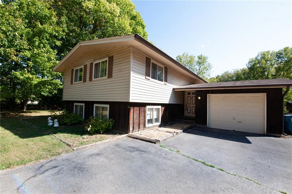 7033 Sargent Road, Indianapolis, IN 46256