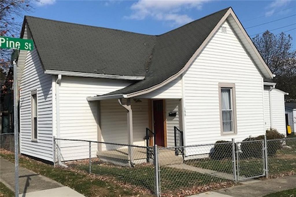 190 W Pine Street, Zionsville, IN 46077