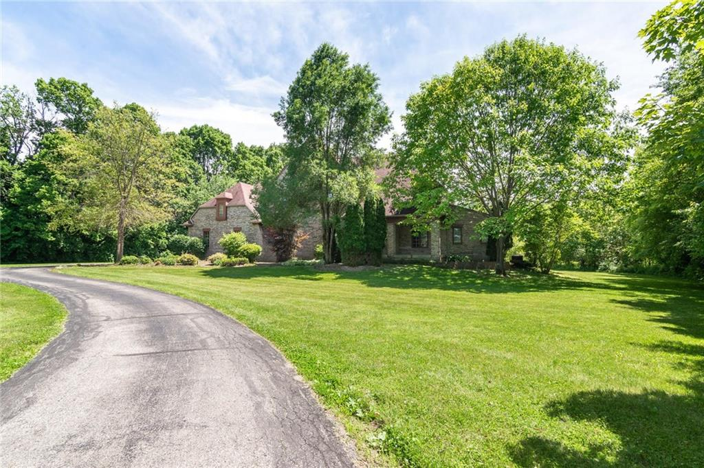 3511 Willow Road, Zionsville, IN 46077