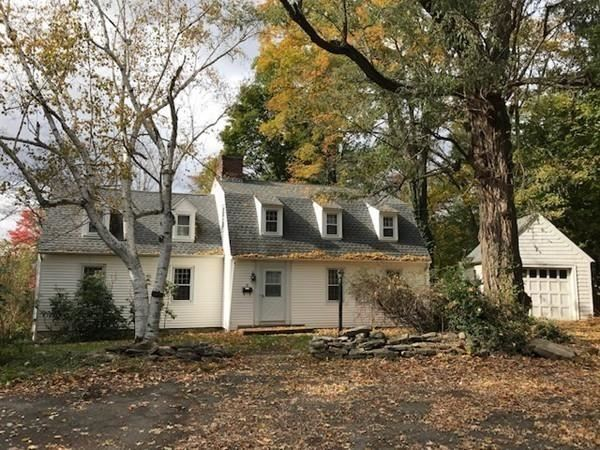 12 Pleasant Court, Amherst, MA 01002